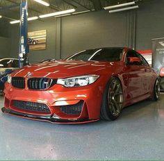 BMW F82 M4 orange