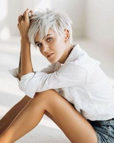 Today we have the most stylish 86 Cute Short Pixie Haircuts. We claim that you have never seen such elegant and eye-catching short hairstyles before. Pixie haircut, of course, offers a lot of options for the hair of the ladies'… Continue Reading → Modern Short Hairstyles, Popular Short Hairstyles, Cute Short Haircuts, Pixie Hairstyles, Trendy Hairstyles, Hairstyles With Bangs, Hairstyle Names, Layered Hairstyles, Popular Haircuts