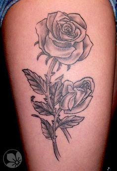 [www.tattoou.co.il :טאטו יו - כל מה שרצית לדעת על קעקועים] ---  #tattoos #rose #flower קעקוע שושנה פרח
