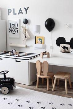 Baby Black and White Room Decor Idea. Playroom Design, Kids Room Design, Playroom Decor, Ikea Kids Room, Kids Bedroom, Ideas Habitaciones, White Room Decor, Girl Room, Room Boys