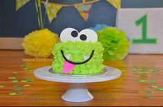 Little Monster Smash Cake by The Cake Mom Co photo by Coco
