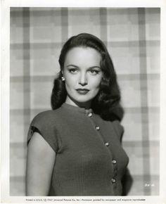 Dorothy Hart, 1947  - viasamwandamothgirlwings