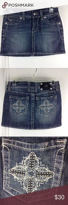 "Miss Me Jean Skirt Sz Small Miss Me jean skirt. JS5004. Embellished pockets, distressed. 28"" waist, 13"" length. (PS24) Miss Me Skirts Mini"