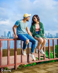 Having trouble deciding the outift for your pre-wedding shoot? Check out the list of these amazing outfit ideas for your Professional Pre wedding Shoot! Couple Picture Poses, Couple Shoot, Couple Pictures, Couple Dps, Outdoor Photography, Film Photography, Couple Photography, Picture Outfits, Pre Wedding Photoshoot