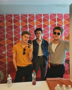 Love these boys 😍😍 New Hope Club, A New Hope, Blake Richardson, Reece Bibby, British Boys, Our Friendship, Famous Singers, Cute Couples Goals, Club Style