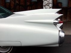1959 Cadillac fins :: With double tail lights at mid-fin, this marked the peak of tail-fin extension...