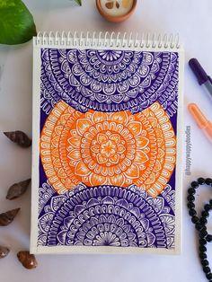 Doodle Art Drawing, Mandala Drawing, Pencil Art Drawings, Doodle Art Designs, Doodle Ideas, Mandala Art Lesson, Mandala Canvas, Doodle Art Journals, Green Wallpaper