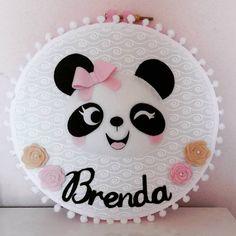 Felt Crafts Diy, Baby Crafts, Decor Crafts, Crafts For Kids, Baby Mobile Felt, Felt Baby, Felt Wreath, Felt Garland, Baby Shower Pin