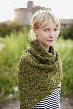 one of the many shawls that i want to knit