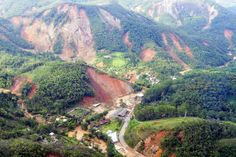 Handout picture provided by the Rio de Janeiro State Government, on 12 January 2011, of the damages at Teresopolis town, 91 km away of Rio de Janeiro City, Brazil, after the heavy rains affected the state of Rio de Janeiro.