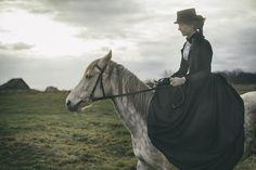 1840s riding habit. photo Kris Renoir. www.domowakostiumologia.blogspot.com