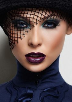 Beautiful! Great makeup!