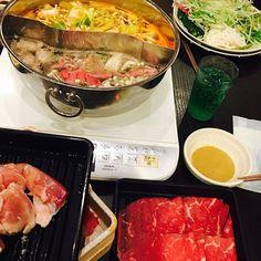 . . #しゃぶしゃぶ #しゃぶ葉 #食べ放題 #肉 #고기 #野菜 #야채 #먹스타그램 #일본 #japan #美味しい #맛있다 #최고👍 #daily #GW #ダイエット #不可能 #外食ばかり #米は食べない #気休めにしかならない #샤브샤브