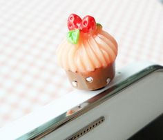 Cupcake Charm for Your Headphone Jack