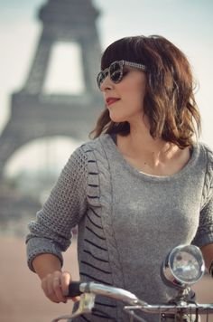 The Travelingsweater by Quiksilver Women Helloitsvalentine Tour Eiffel Paris bicycle