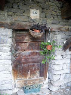 Vieille porte de village