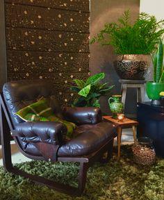 Retro fauteuil Vintage chair Wengé fauteuil 70s stoel Leren retro lounge chair
