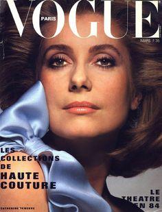Catherine Deneuve pour le numéro de mars 1984 de Vogue Paris