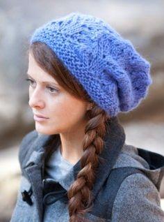 Montera Slouchy Hat (One-Ball!) FREE PDF Knitting Pattern #knitting #SweaterBabe.com