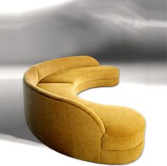 Round Sectional by Ruth Livingston on HomePortfolio Round Sofa Chair, Round Sectional, Gebogenes Sofa, Ottoman Sofa, Couches, Unique Sofas, Unique Furniture, Luxury Furniture, Furniture Design