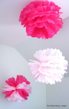 The Decorating Lawyer: How to Make Pom Poms