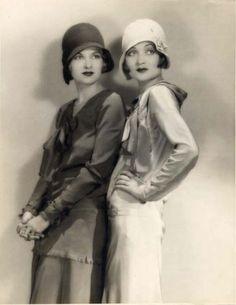 Sisters Joan Bennett and Constance Bennett, early 1930s