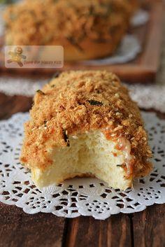 Like BreadTalk / BreadTop Soft Pork Floss Bread Buns