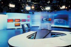 Veech-VMA-ORFNewsroom2002-w06