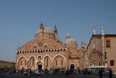 Basilica_Santo_Antonio_in_Padova.JPG