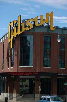 It takes about three weeks to make a Gibson guitar from start to finish, but a tour of the company's Memphis factory only takes about an hour.