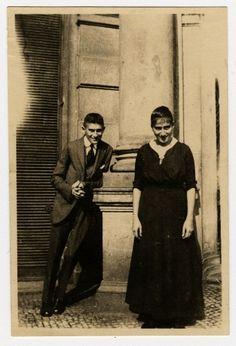 Ottla Kafka. She voluntarily accompanied children to Auschwitz from Theresienstadt. Marbach und Bodleian Library.