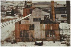 Photo Of Joel Sternfeld's Grafton, West Virginia Joel Sternfeld, Vault Dweller, Dead Dog, American Gothic, Mothman, Vaulting, Fallout, West Virginia, Grateful