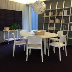 Grace chair - Staffan Holm / Divido table - Broberg & Ridderstråle / Libri - Michael Bihain / Teatime - Claesson Koivisto Rune for swedese