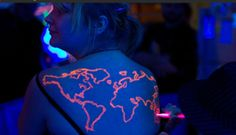When you have a black light tattoo, you don't have to worry about sneaking around corporate America because, in broad daylight, these tats are virtually invisible. Instead, it might be worth worrying about the ingredients in black light tattoo ink. Black Light Tattoo, Dark Tattoo, Big Tattoo, Tattoo Art, Blacklight Tattoo Ink, Neon Tattoo, Tattoo Studio, Tattoo Blog, Painful Pleasures