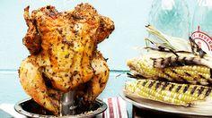 Une recette de poulet sur canette de bière, présentée sur Zeste et Zeste.tv.