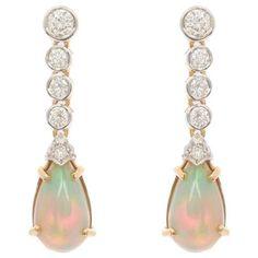 18 Carat Gold 4.00 Carat Opal and 0.96 Carat Diamond Drop Earrings For Sale