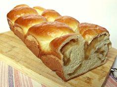 Citromhab: Almás kalács Hungarian Desserts, Cinnamon, Sweet Treats, Muffin, Easter, Favorite Recipes, Bread, Baking, Cake