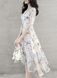 Floral Printed Hollow Out Chiffon Skater Dress – Stylishplus Best Party Dresses, Party Dresses For Women, Floral Chiffon, Chiffon Dress, Elegant Dresses, Beautiful Dresses, Vestidos Vintage, Mode Hijab, Dress Silhouette