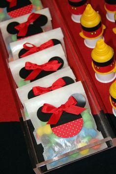 Mesa de dulces temática de Mimi!