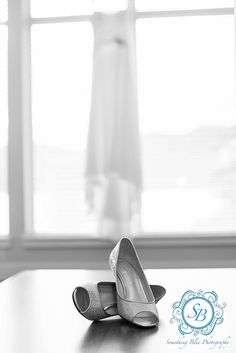 Something Blue Photography wedding photographers based in Penticton and services the Okanagan including Kelowna and Kamloops.