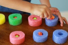 Kids can work on fine motor skills, practice their engineering, and pretend to be chefs. See how with these pool noodle fine motor activities. Motor Activities, Activities To Do, Toddler Activities, Montessori Jobs, Play Equipment, Pool Noodles, Busy Bags, Children With Autism, Business For Kids