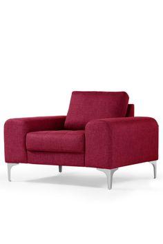Vittorio Sessel in Opernrot. Der Sessel sorgt für italienische Stilsicherheit im Wohnzimmer. Modernes Design und Komfort in strahlendem Rot.