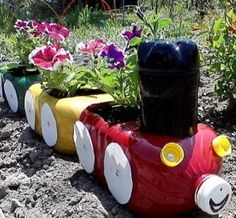Choo Choo Planter - what a cool idea for a childrens craft with a transport / flowers / outdoorsy theme.