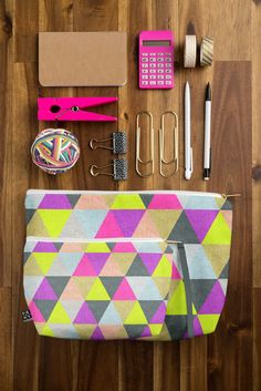 Love how this pattern looks on the woven fabric! #accessories #pouch