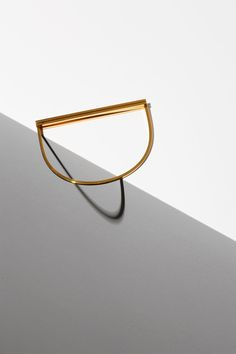 Amelie Riech's Uncommon Matters series is a striking collection of idealistic future lines. The pieces are based on simplified geometric forms that . Minimal Jewelry, Modern Jewelry, Silver Jewelry, Fine Jewelry, 925 Silver, Silver Rings, Photo Jewelry, Fashion Jewelry, Jewelry Accessories
