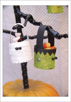 Treat Bucket Critters Tutorial ~ These super cute Halloween characters are made from cardboard tubes, paper and glitter.