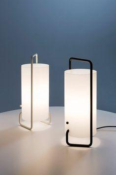 Asa de Santa & Cole en Interdesign: Esta lámpara formó parte en 1961 de la primera colección ...