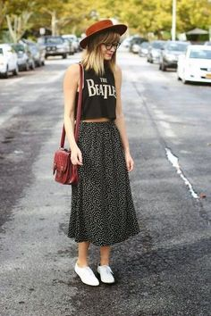 Trendy and cute hipster outfits worth trying this year! Who said the Hipster look wasn't trendy? Check out our hipster outfits guide on how to dress Hipster! Geek Chic Fashion, Look Fashion, Fashion Tips, Fashion Trends, Street Fashion, Indie Hipster Fashion, Fashion Outfits, Fashion Check, Fashion 2015