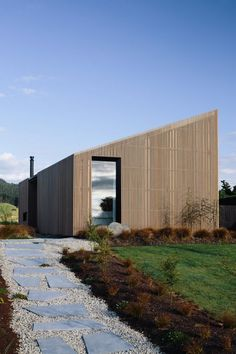 Gallery of River Retreat House / Edwards White Architects 16 Gallery of River Retreat House / Edwards White Architects 16 The post Gallery of River Retreat House / Edwards White Architects 16 appeared first on Baustil. New Zealand Architecture, Architecture Awards, Residential Architecture, Interior Architecture, Interior Stairs, Residential Lighting, Interior Design, Luxury Interior, Retreat House