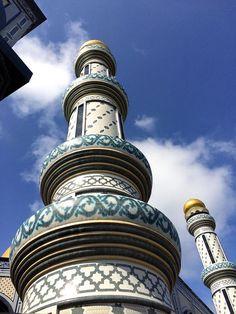 Minarets at the Jame Asr Hassanil Bolkiah mosque, in Bandar Seri Begawan